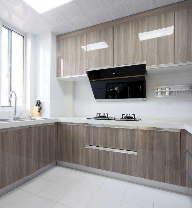 140平现代简约厨房装修