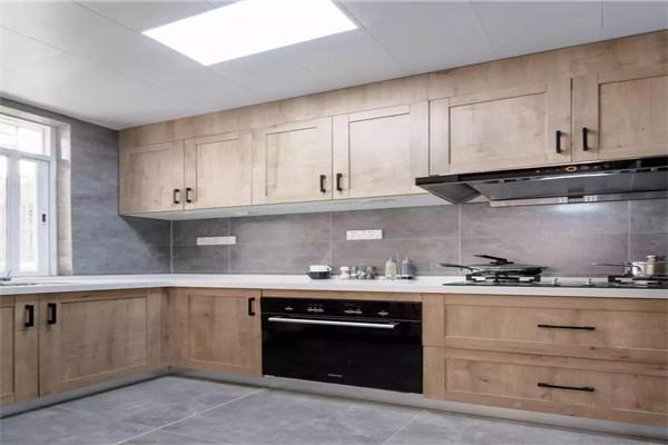 原木现代风厨房设计