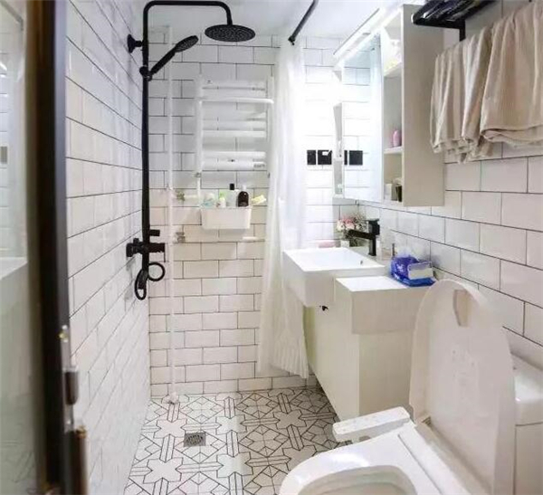 卫生间装修实景图