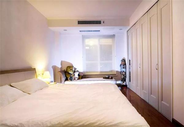 别墅卧室装修设计案例图