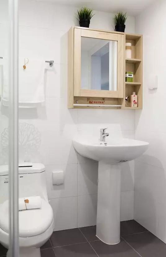 小复式卫生间装修效果图