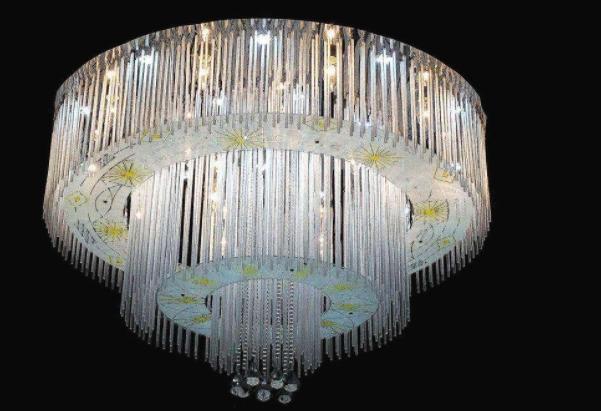 水晶吸顶灯好打理吗 水晶吸顶灯怎么换灯泡