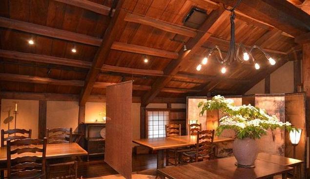日式酒楼装修风格效果图