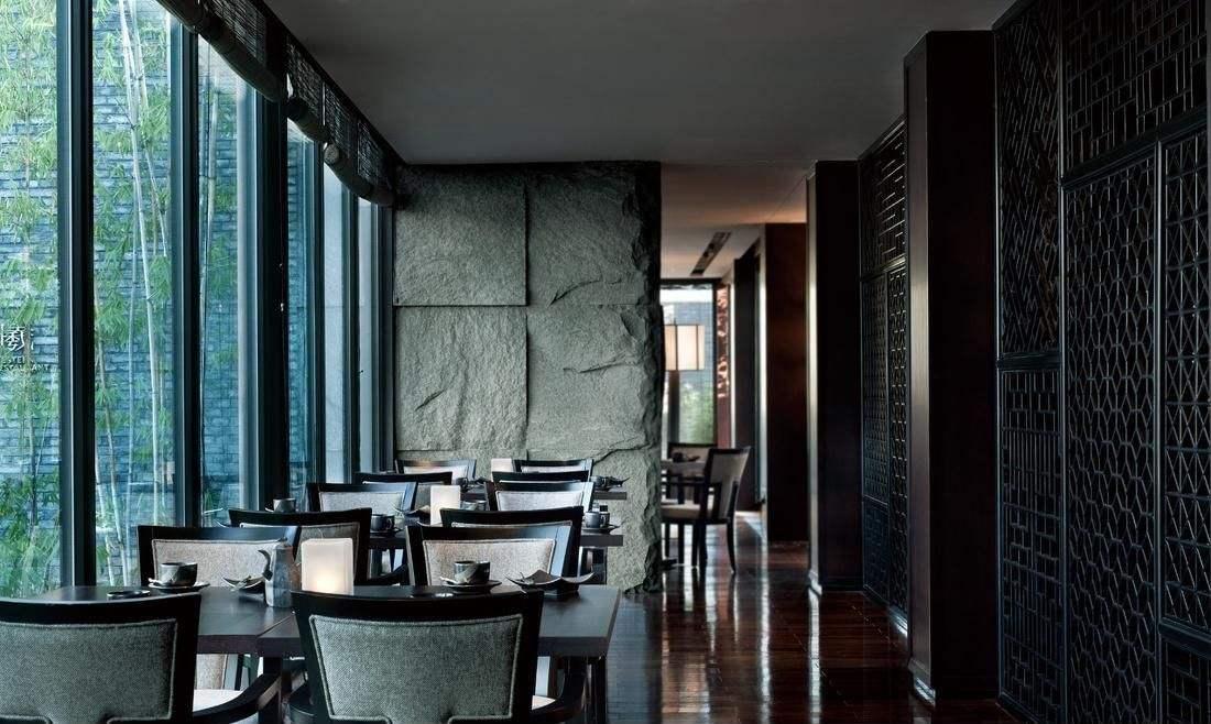 重庆饭店装修风格