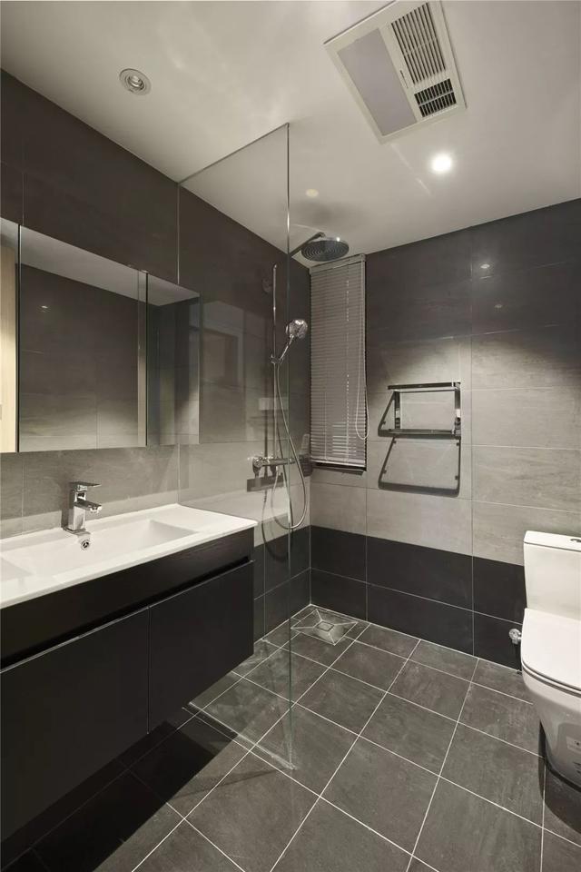 现代简约风卫生间装修设计案例