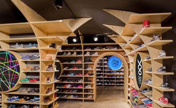 昆山鞋店装修多少钱