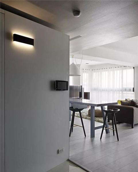 181平米三居室装修玄关效果图