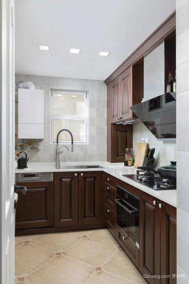 现代美式风厨房装修案例