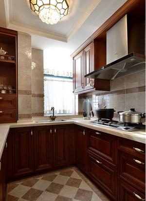 歐式古典廚房裝修效果圖