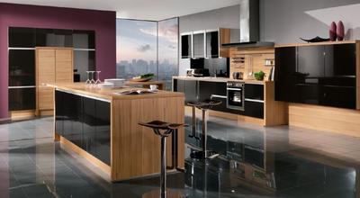 简单大方的整体厨柜布局装修效果图