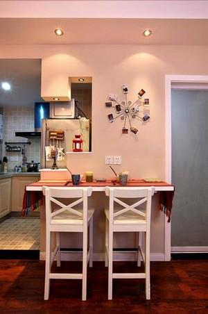 美轮美奂欧式客厅吧台装修效果图