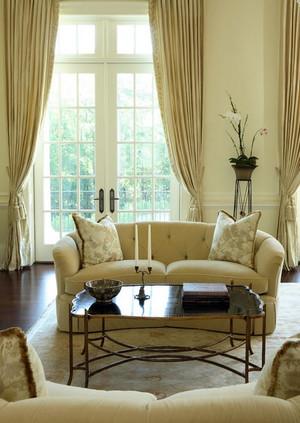 2015大户型唯美的客厅窗帘装修效果图鉴赏