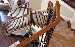 宜家美式别墅实木楼梯足彩导航效果图