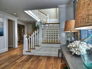 欧式风格复式楼楼梯设计效果图鉴赏
