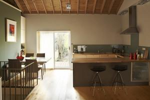 乡村风格大户型室内厨房吧台装修效果图