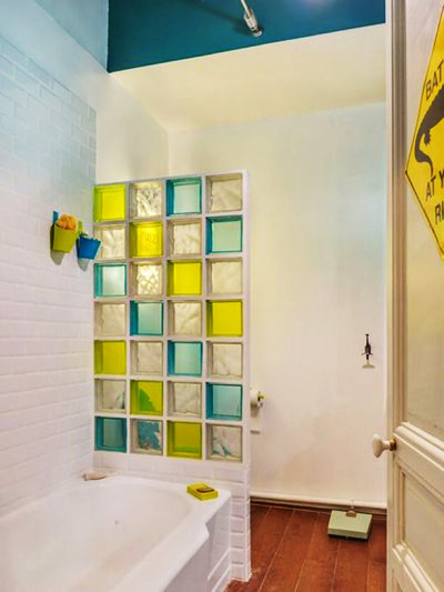 清新风格时尚创意卫生间隔断设计装修效果图