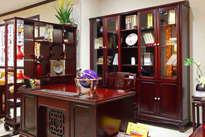中式風格精致書房博古架設計裝修效果圖賞析