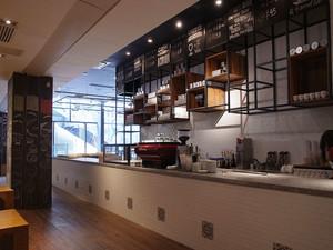 现代风格精致咖啡厅吧台装修效果图