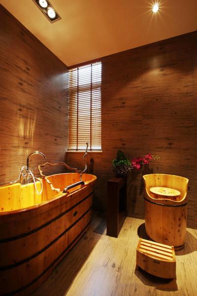 日式风格简约精致卫生间设计装修效果图