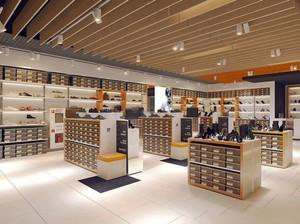 现代风格60平米鞋店展柜装修图