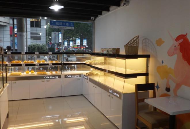 现代简约面包店装修布置图片