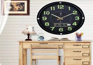 客厅欧式挂钟效果图
