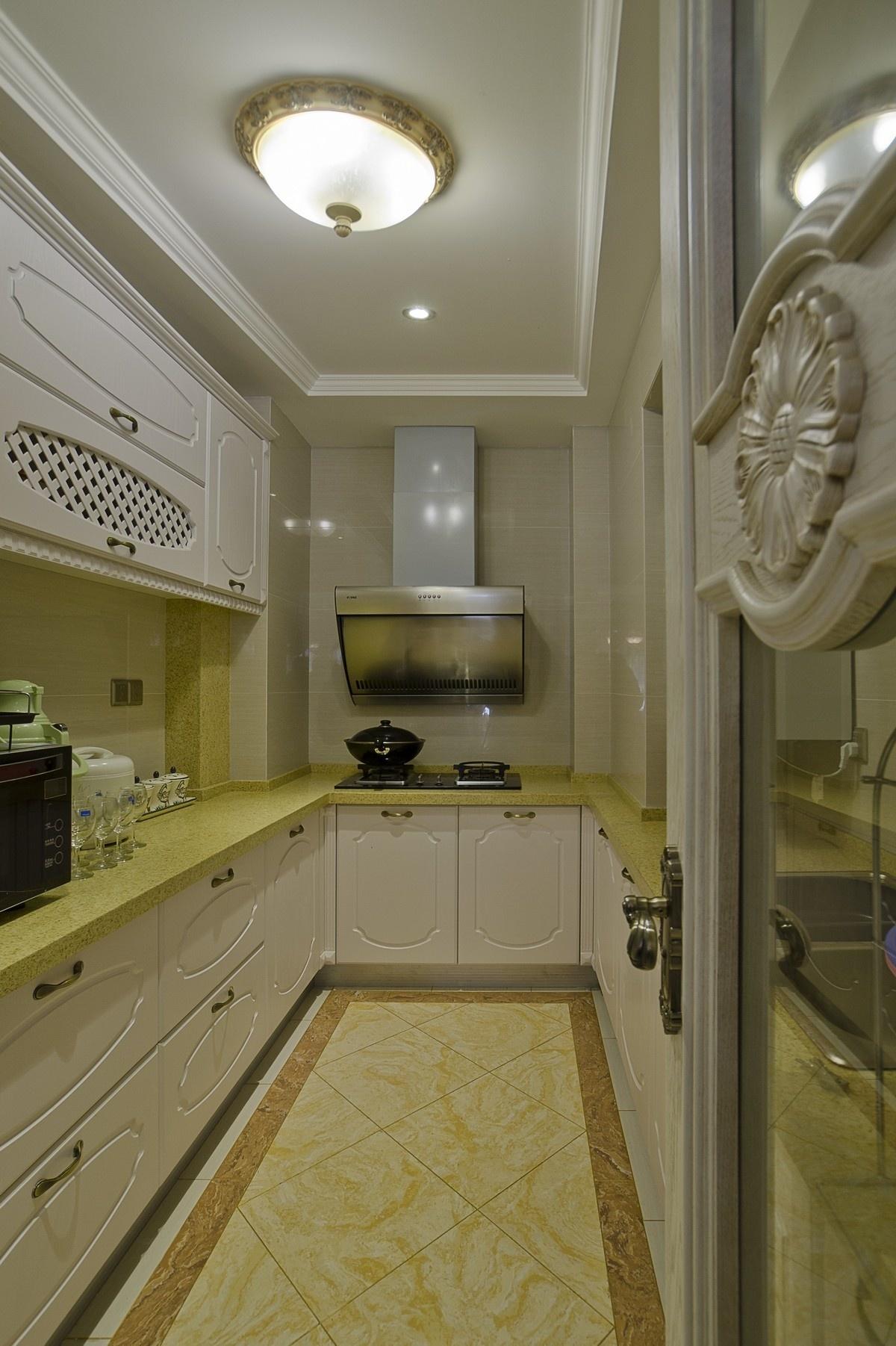 4平米厨房餐厅装修效果图