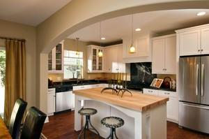小户型双一字型半开放式厨房装修效果图
