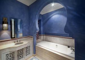 卫生间蓝色复古地砖装修效果图,卫生间蓝色装修效果图大全