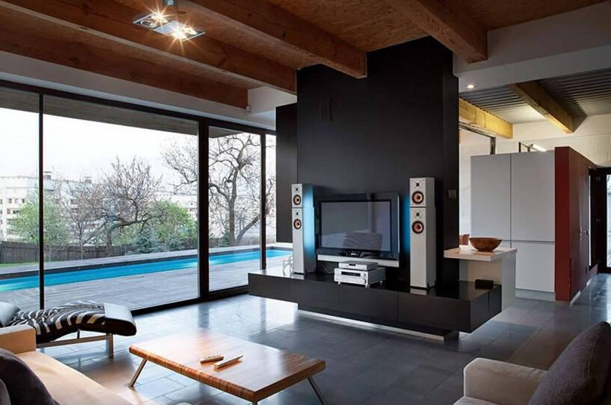 客厅和餐厅电视墙隔断装修效果图欣赏