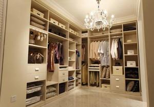 卫生间连步入式衣帽间效果图,家庭步入式衣帽间装修效果图欣赏