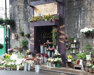上海鲜花店门头装修效果图,鲜花店门头装修效果图