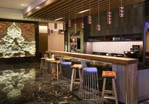 小酒吧复古装修风格图片,复古小酒吧装修风格图片