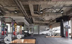 工厂风健身房设计效果图,工业风格健身房设计装修效果图