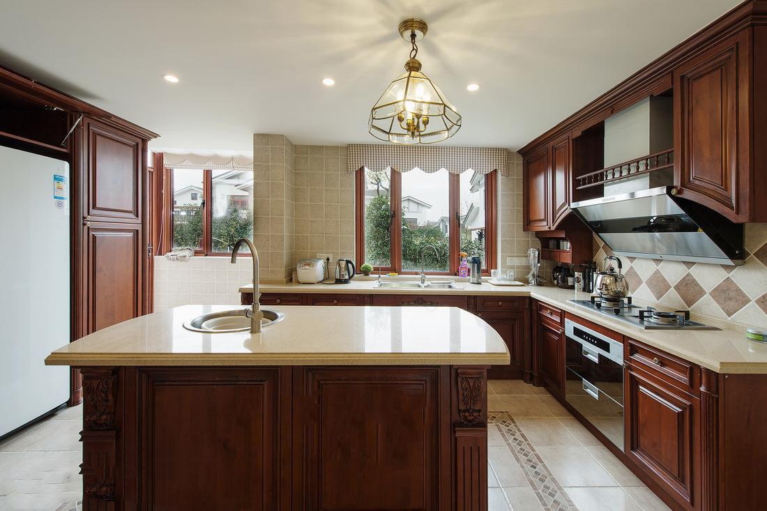 厨房窗帘的装修效果图大全,厨房美式窗帘装修效果图欣赏