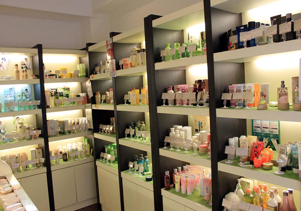 一间店面化妆品店装修效果图,迷你化妆品店如何装修效果图