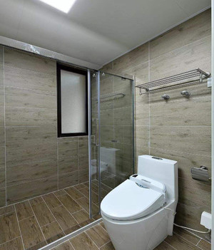小型卫生间淋浴房效果图,卫生间一字型淋浴房效果图