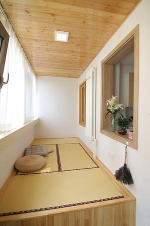 阳台装修成榻榻米卧室效果图,阳台一半做榻榻米装修效果图