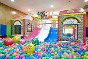 儿童游乐园总平面图