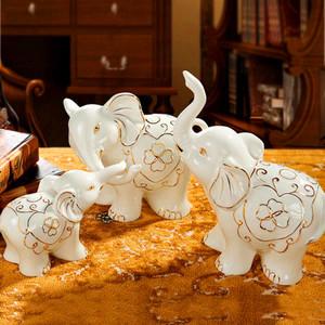 大象擺件擺放客廳的效果圖