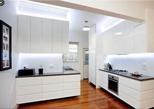 現代廚房樣板間效果圖
