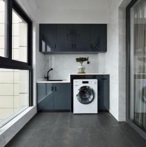 85平方房子二居室簡歐風格臥室陽臺門裝修效果圖