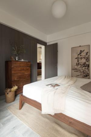85平小戶型現代創意風格臥室木門裝修效果圖