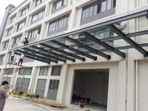1800平廠房玻璃雨棚裝修效果圖