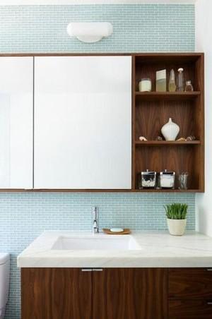 120平米三居室衛生間鏡柜裝修效果圖