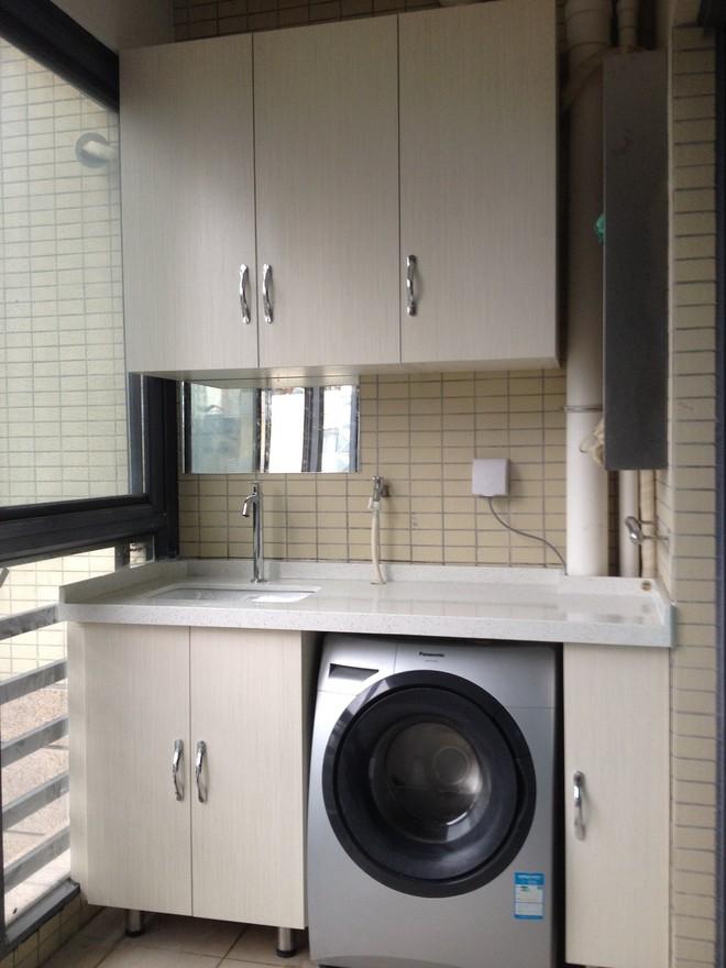 240平跃层现代日式风格阳台洗衣台装修效果图