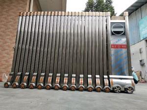 幼儿园不锈钢伸缩门装修效果图