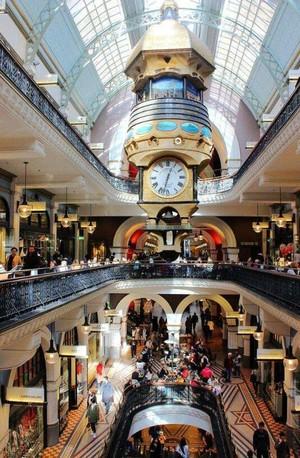 欧式风格百货商场挑空设计装修效果图