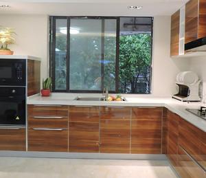 190平米房子玻璃烤漆櫥柜門裝修效果圖