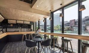 146平米简欧咖啡厅平面装修效果图